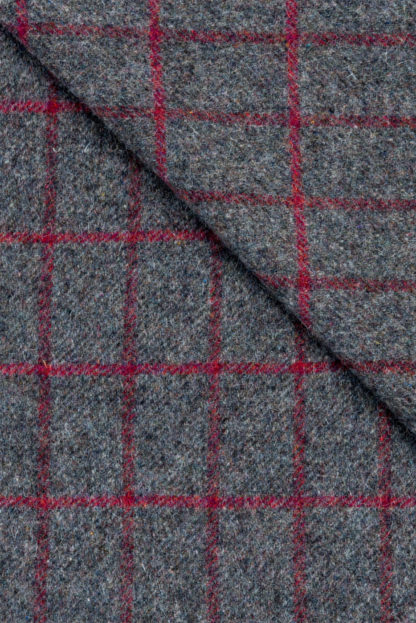 Killarney Blanket Raspberry Grey Check detail