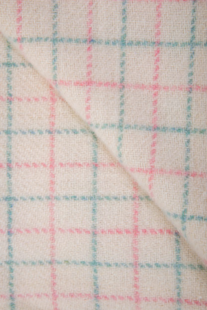 New Welsh Wool Baby Blanket Detail 2