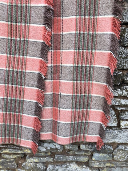 Vintage Fringed Throw FT91