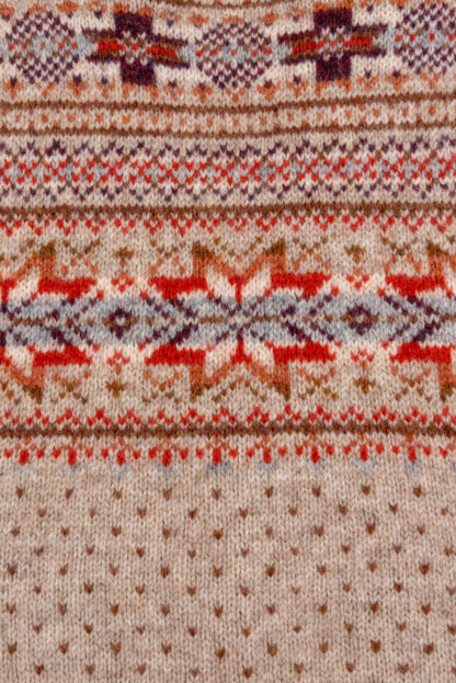 Womens Fair Isle Sleeveless Cardigan detail 3