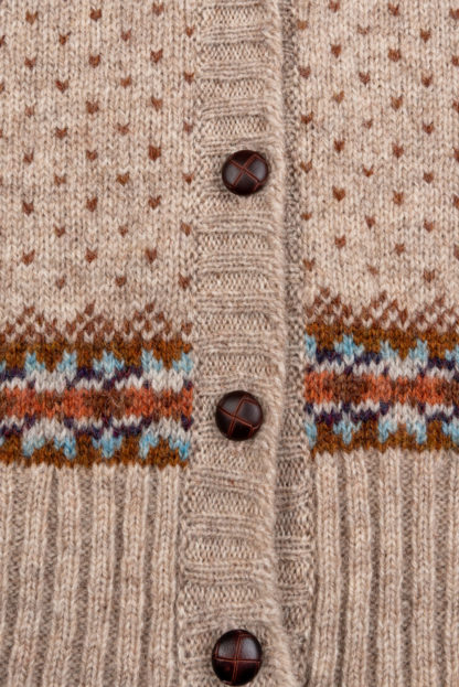 Womens Fair Isle Sleeveless Cardigan detail