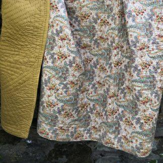 Old Antique Quilt VQ11 1