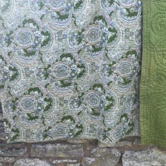 Old Welsh Vintage Quilt VQ08